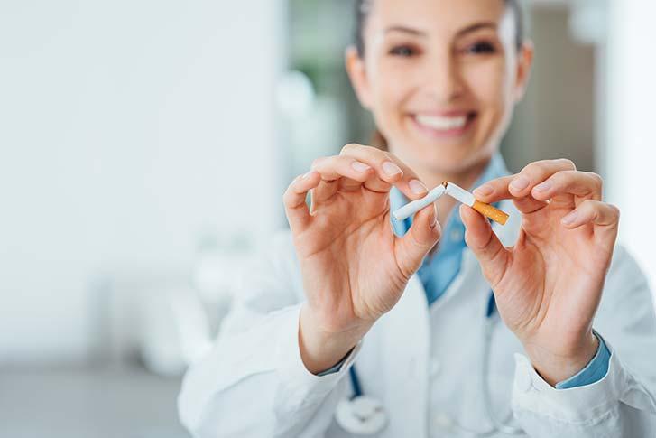 smoking-effects-plastic-surgery